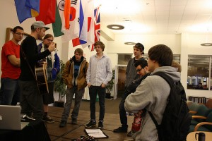 Preston Pugmire talking with music students after his set at SUNY JCC.