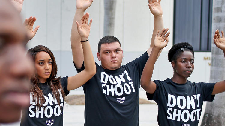 Photo taken from: http://www.fastcompany.com/3034486/hands-up-dont-shoot-and-growing-power-of-protest-memes
